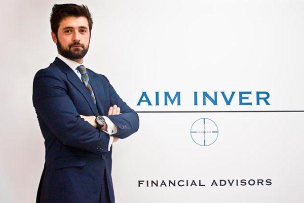 fondo-articulo-entrevista-la-razon-aim-inver-asesores-Financieros-Madrid
